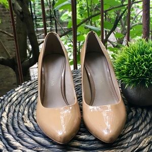 Arturo Chiang tan patent heels